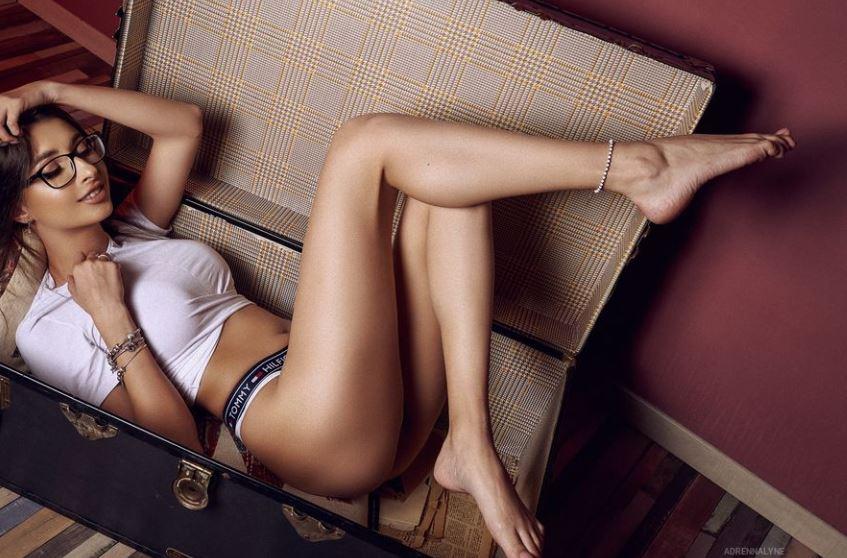 AdrennaLyne Model GlamourCams
