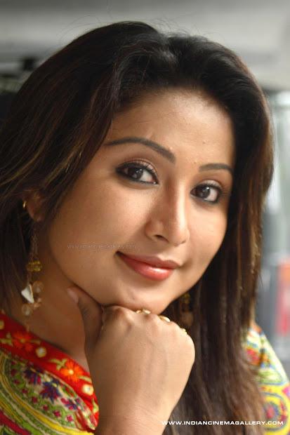 Malayalam Hot Serial Actress - Exploring Mars