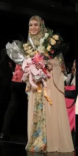 Fashion Designer Berhijab Syari