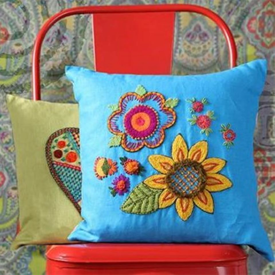 learn to make crewel embroidery pillows at bluprint #affiliatepartner
