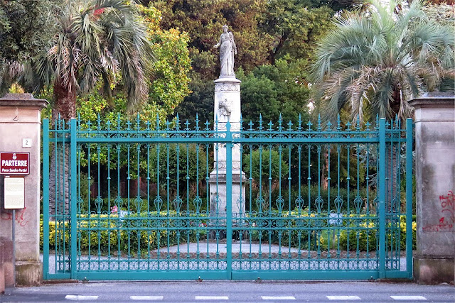 Restored gate of the Parterre, Sandro Pertini park, viale Carducci, Livorno