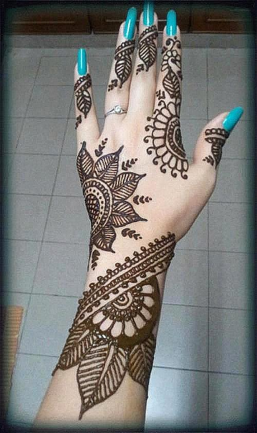 Mehndi Hairstyles Easy : Ladies latest eid hands mehndi designs styles new fashion