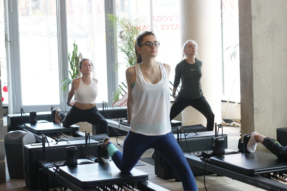 reformed pilates class move your frame