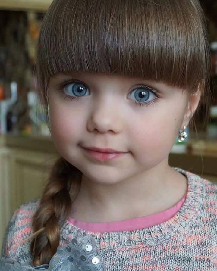 Cute%2BEasy%2BHairstyles%2BFor%2BLittle%2BGirls%2B%252813%2529 30 Cute Easy Hairstyles For Little Girls Interior