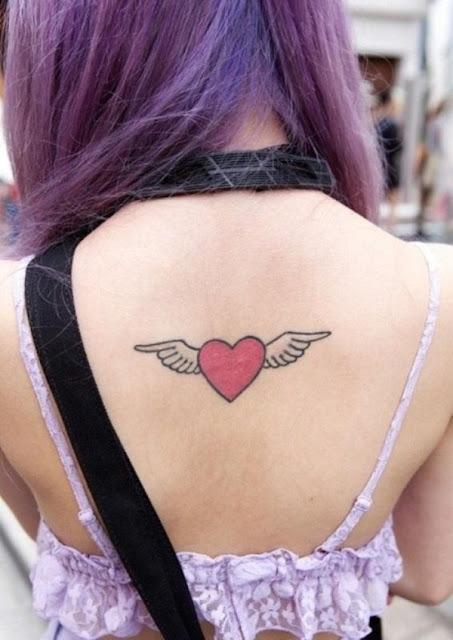 tatuagens femininas de coração