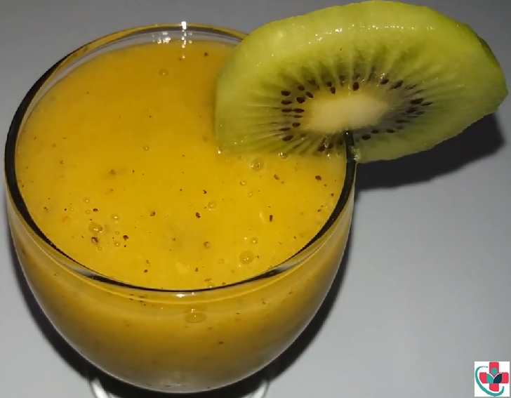 Mango, Apple and Kiwi Smoothie