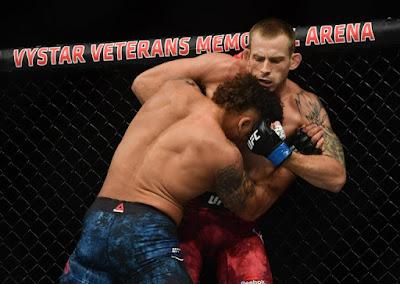 Krzysztof Jotko Wrestles off Eryk Anders UFC On ESPN 8