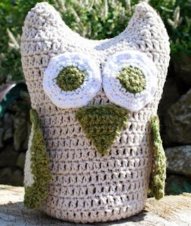 http://www.craftsy.com/pattern/crocheting/other/crochet-owl/65547