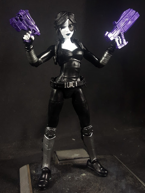 Marvel Legends Domino Purple guns