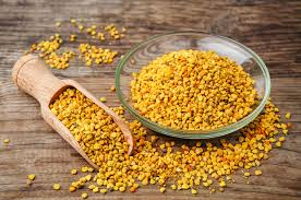 12 UNBELIVABLE BENEFITS OF (SUPER FOOD) BEE POLLEN