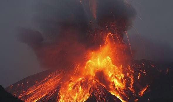 Voltado para a realidade assustadora do Japão! Erupção vulcânica gigantesca