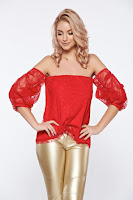 Bluza dama de ocazie PrettyGirl rosie din dantela cu umeri goi captusita pe interior