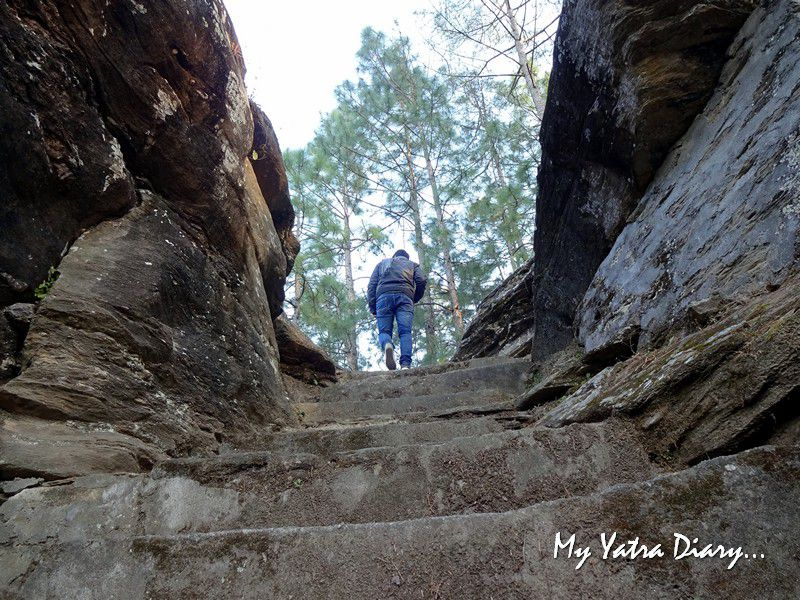 Way to the hidden historic Lakhudiyar caves in Almora Uttarakhand