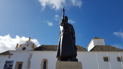Statua di Faro