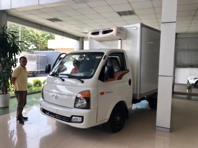 Khách mua xe Hyundai H150 đông lạnh 2020