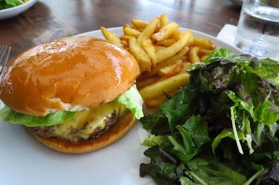 The Naked Finn, beef burger