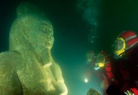 أغرب أشياء تم العثور عليها في أعماق البحار بعد مرور ألاف السنين