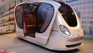 Pod cars without driver operating in Singapore end of 2016