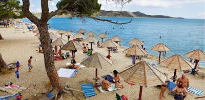 ΜΕ ΜΕΤΡΑ οι οργανωμένες παραλίες το Σάββατο – Χωρίς αλκοόλ και τραπεζοκαθίσματα