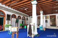 masjid luar batang