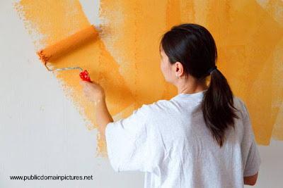 Aplicación de pintura con color intenso