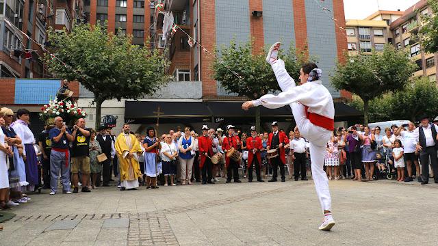 Aurresku en la procesión de San Ignacio