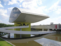 MUSEO OSCAR NIEMEYER