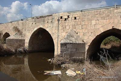 ישראל בתמונות: גשר לוד , גשר ג'ינדאס