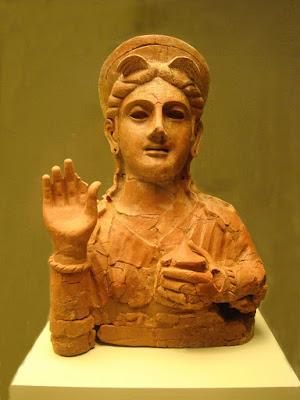 Figura fenicia de terracota - Museo de Cádiz