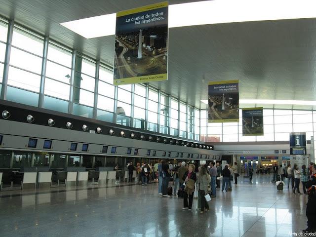 Estrutura e serviços do aeroporto de Córdoba