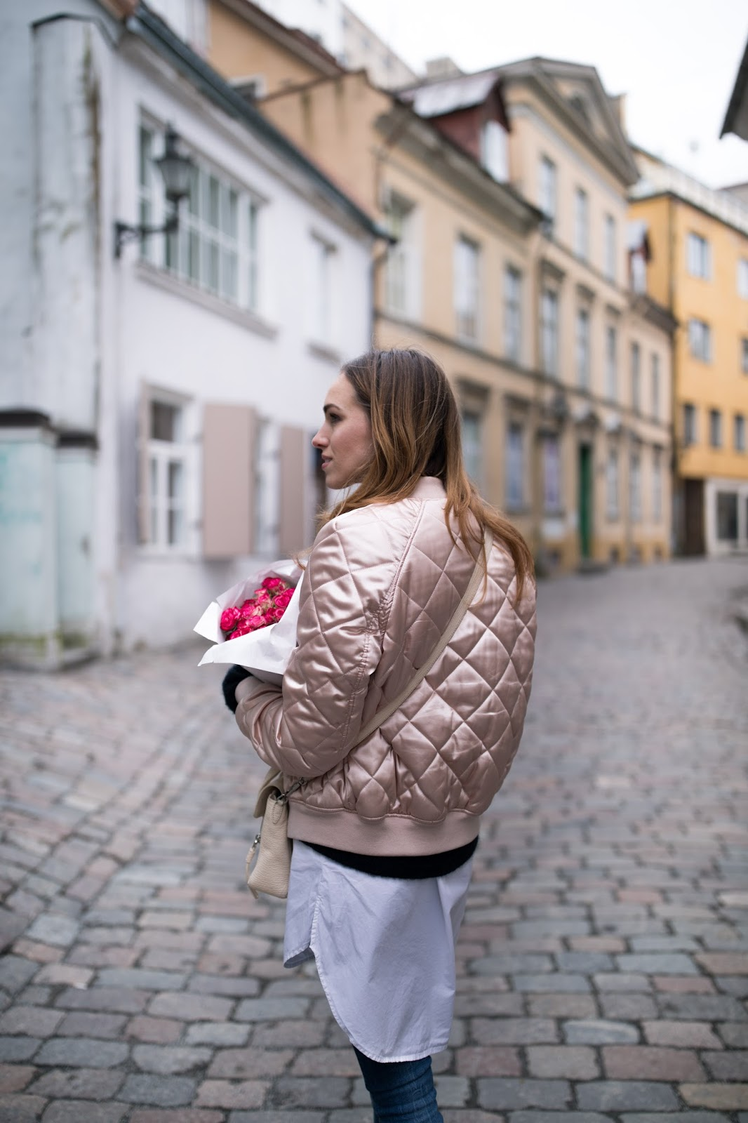 beige padded bomber jacket outfit