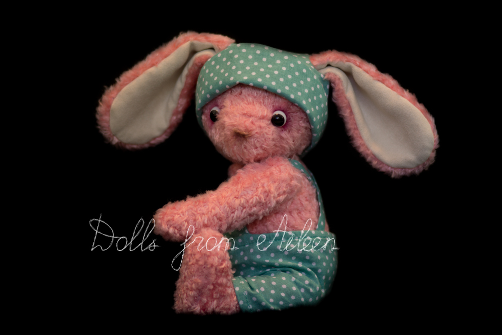 ooak artist teddy bunny rabbit sitting, view from side