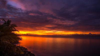 Tropical Island Sunset and iPhone desktop wallpaper