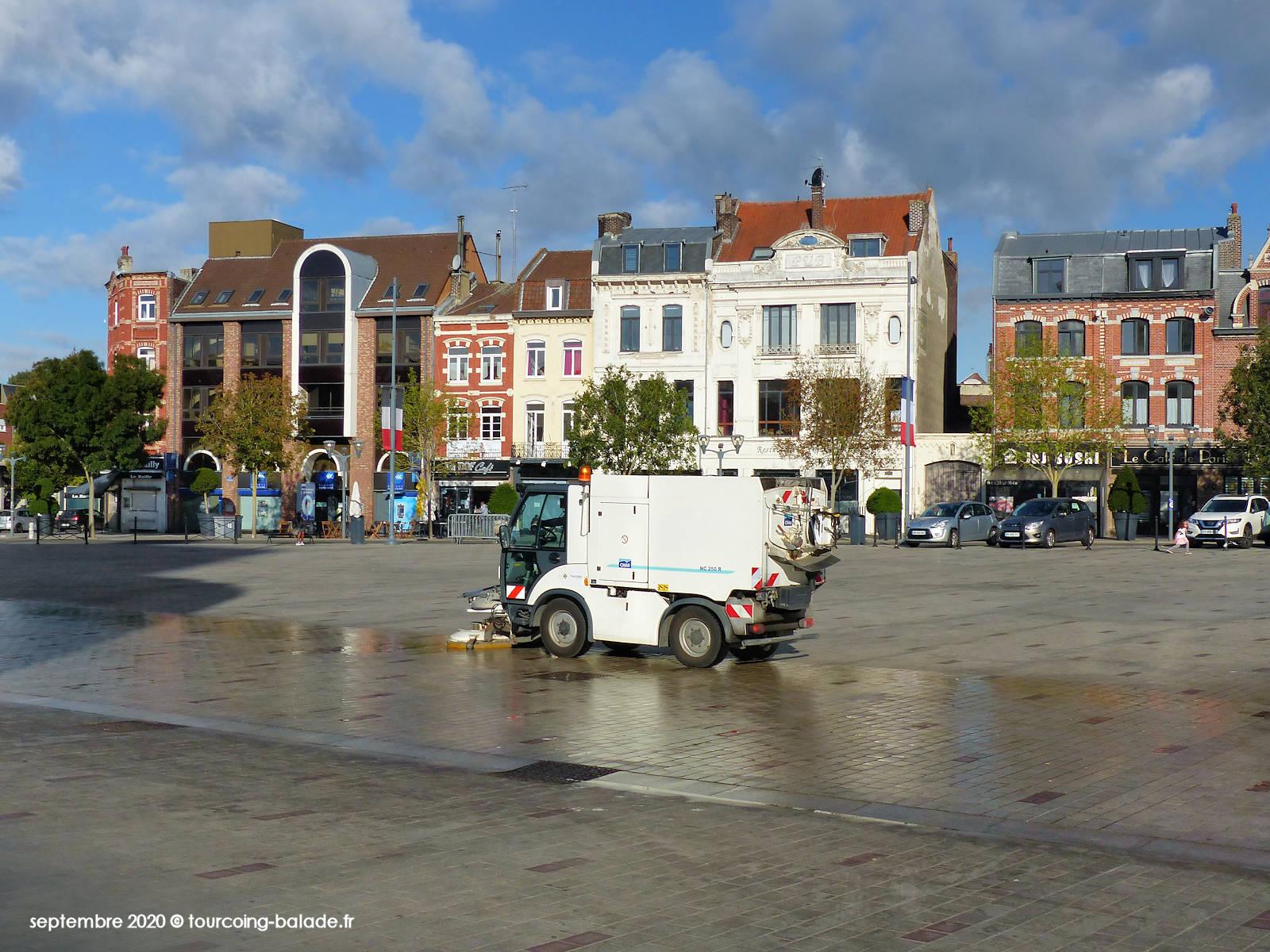 Tourcoing Propreté - Nettoyage de la Place de la République