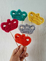 https://laventanaazul-susana.blogspot.com.es/2017/06/217-mini-coronas-crochet.html