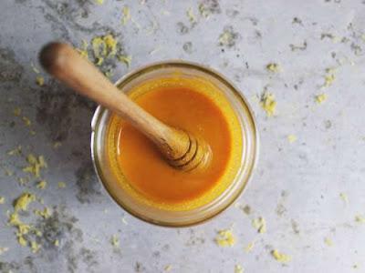 Χρυσό μέλι: Συνταγή για το ισχυρότερο φυσικό αντιβιοτικό