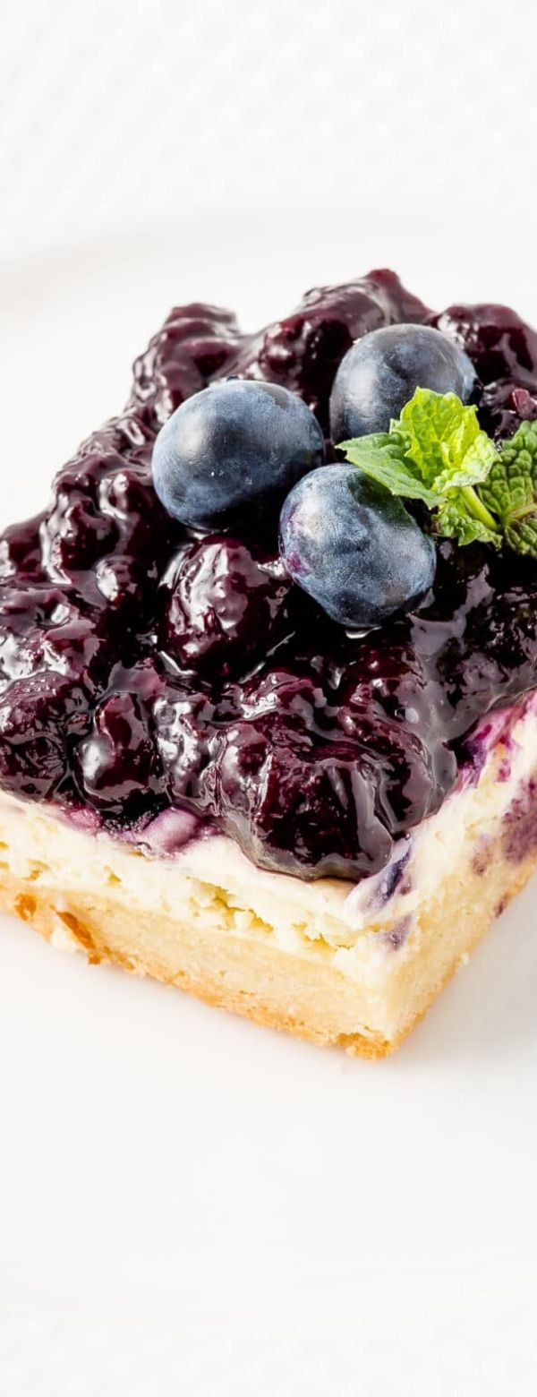 GLUTEN FREE BLUEBERRY CHEESECAKE SQUARES (LOW CARB & KETO FRIENDLY)