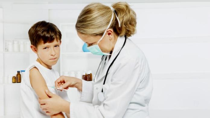Ecco quali sono i 12 vaccini obbligatori per i bambini