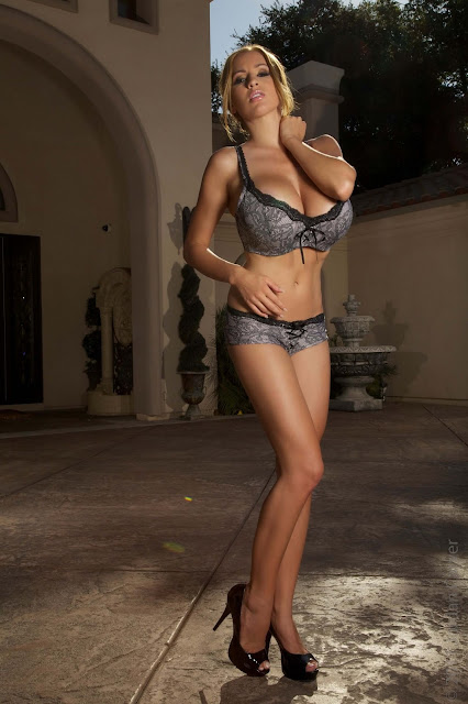 Jordan-Carver-Real-Housewives-best-sexy-photoshoot-in-HD-19