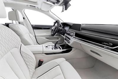 BMW 7 Series: super quality interior
