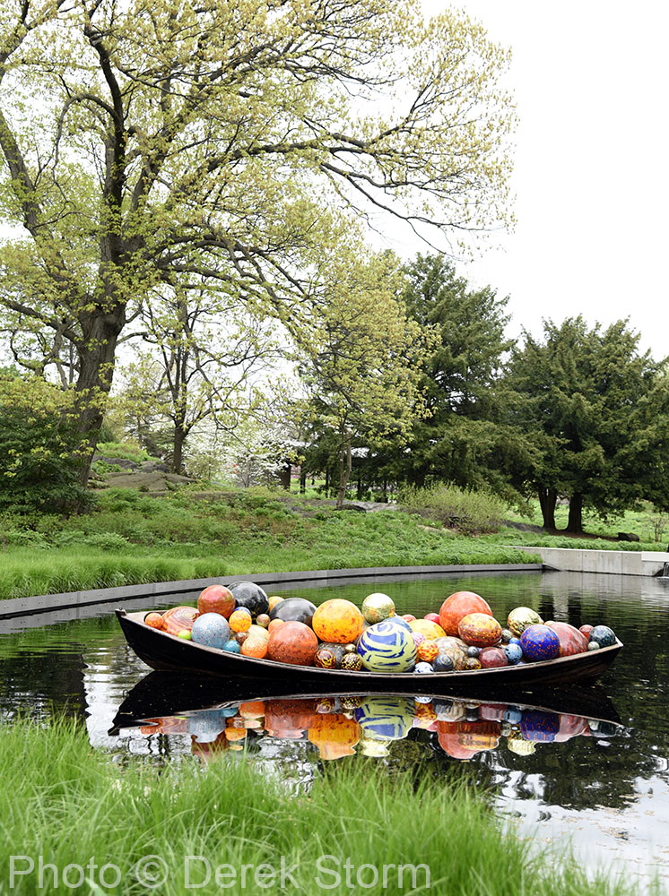 In The News Dale Chihuly Exhibits At The Bronx Botanical Garden