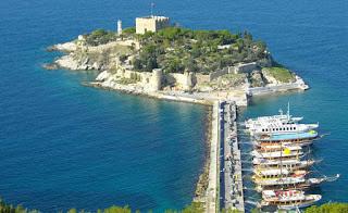 Pigeon Island Yang Menawan Di Kusadasi Turki