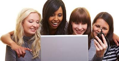3 Status Facebook Ungkap Sifat Asli Wanita
