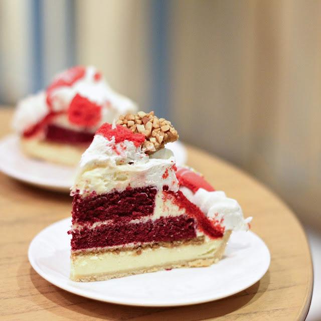 Red Velvet Sponge Cake Recipe
