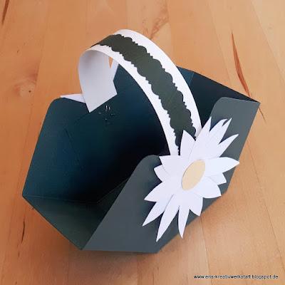 Osterkörbchen mit Blume zum Basteln für die Kids Stampin' Up! www.eris-kreativwerkstatt.blogspot.de