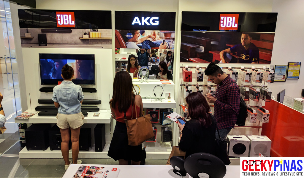 JBL Festival Mall inside the store
