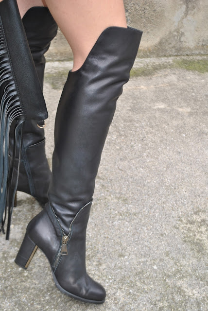 outfit stivali al ginocchio come abbinare gli stivali al ginocchio abbinamenti stivali al ginocchio how to wear over the knee boots how to combine over the knee boots over the knee boots outfit stivali danilo di lea danilo di  lea boots outfit invernali outfit marzo 2016 outfit casual invernali mariafelicia magno fashion blogger color block by felym fashion blogger italiane fashion blog italiani fashion blogger milano blogger italiane blogger italiane di moda blog di moda italiani ragazze bionde blonde hair blondie blonde girl fashion bloggers italy italian fashion bloggers influencer italiane italian influencer