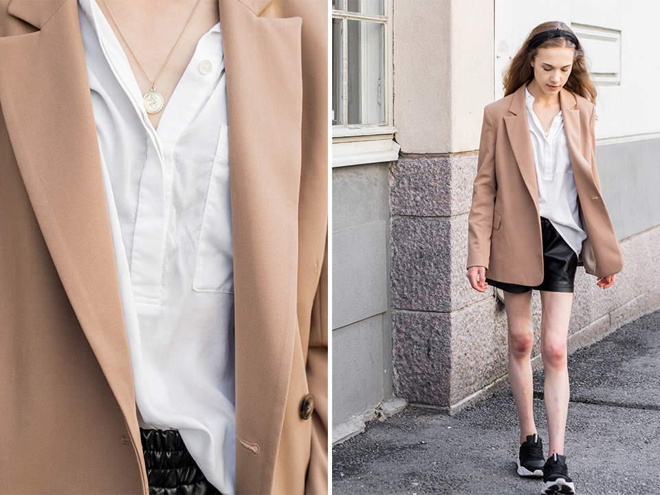Outfit inspiration with camel blazer and faux leather shorts - Asuinspiraatio, kesämuoti, bloggaaja, beige bleiseri, tekonahkashortsit