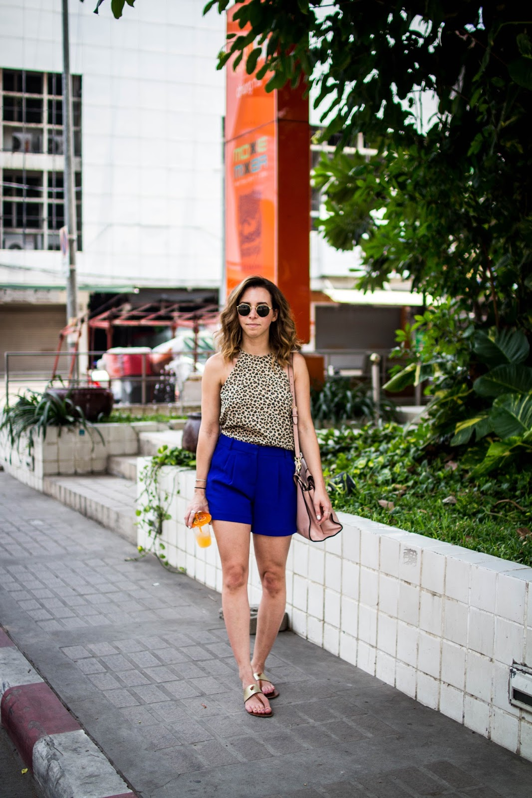 high-waist-shorts-leopard-tank-summer-style-ootd-blogger