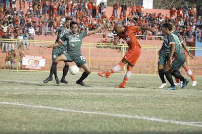 pertandingan liga 3 pra nasional antara persijap jepara melawan persik kendal di stadion gelora bumi kartini jepara